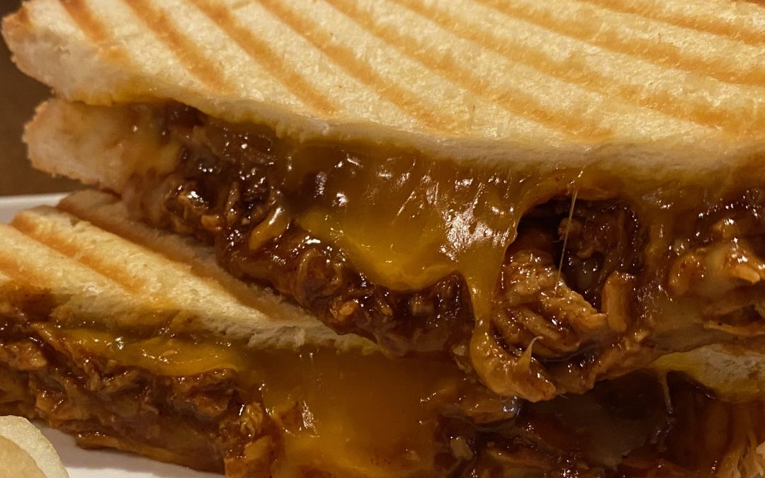 BBQ Pulled Pork Melt with American Cheddar and Gouda cheese! *  BBQプルドポークホットサンド!